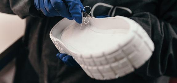 puro-stampaggio-materie-plastiche-settore-calzaturiero-1