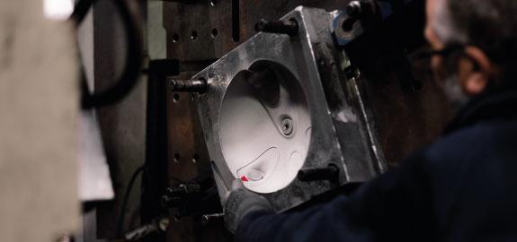 puro-stampaggio-materie-plastiche-settore-tecnico